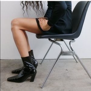 ✨SALE✨Zara patent finish heeled ankle boots ✨SALE✨